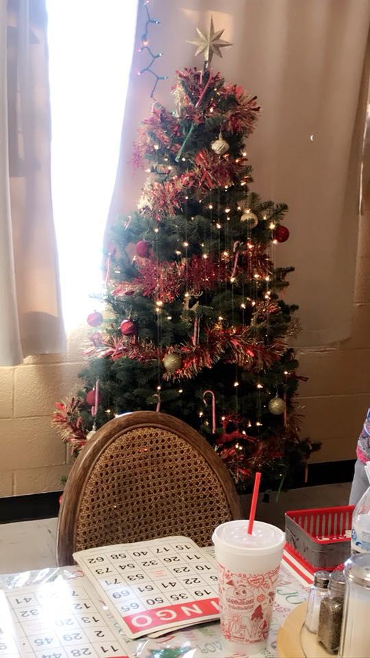 500x960_ChristmasTree